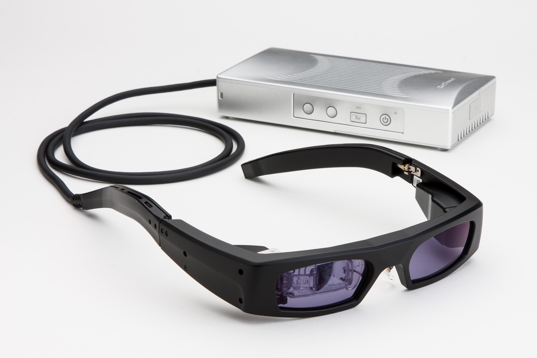 レーザーメガネの写真